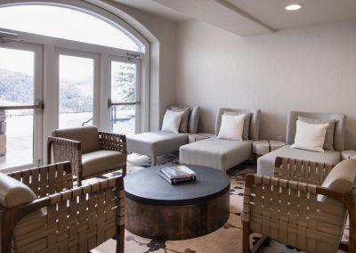 APN Lodge living room