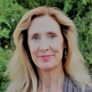 Julie Morgan - Headshot Woman