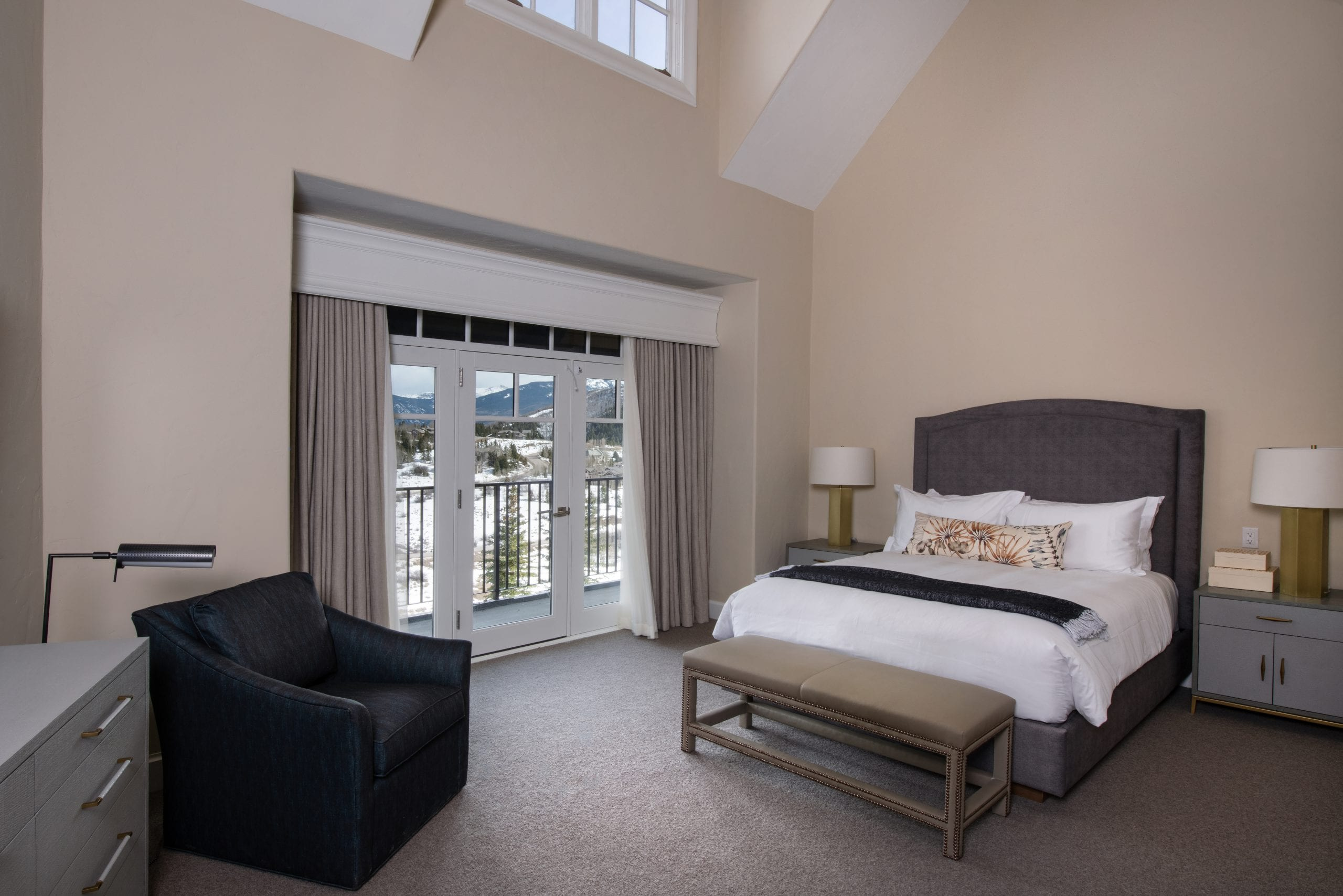 APN Semiprivate Suite Room View